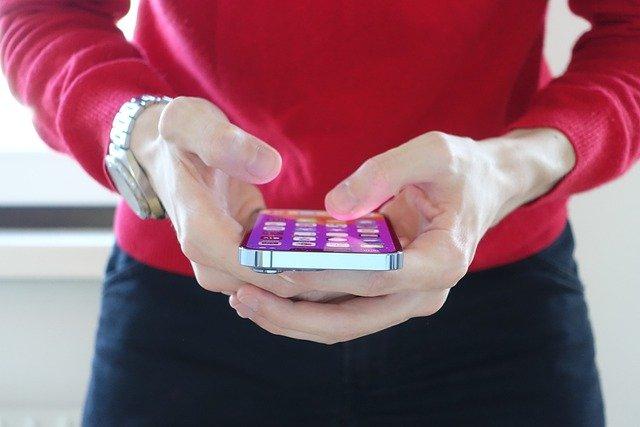 Apple призвала пользователей обновить iPhone и планшеты