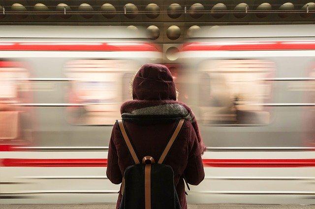 Крымские поезда перевезли в курортный сезон более 1,2 млн пассажиров