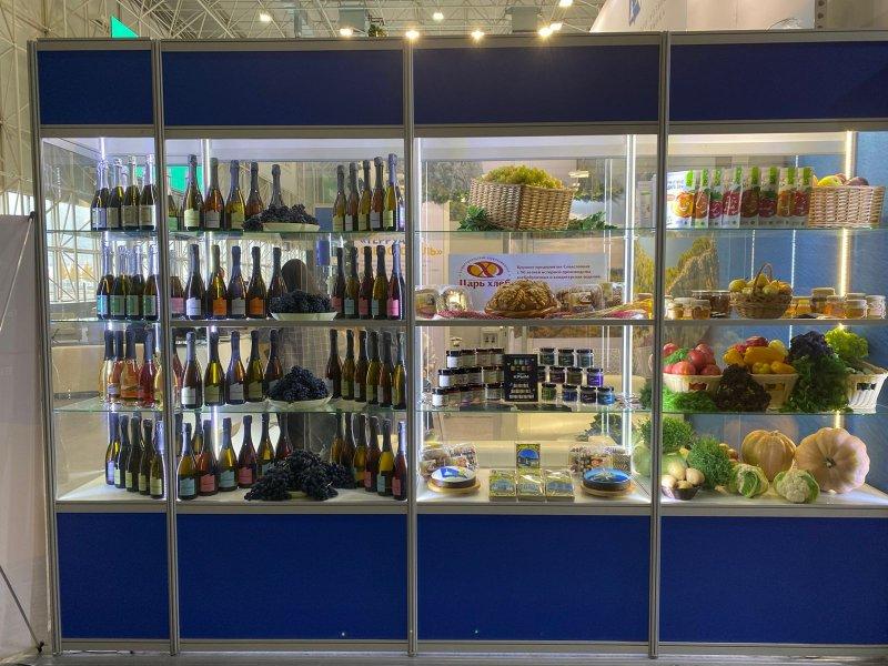 Сельхозпредприятия Севастополя представили свою продукцию на  выставке «Золотая осень»